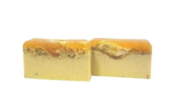 Pumpkin Soap - The PUMPKIN CREAM Bar - Pumpkin Pulp & Pumpkin Butter To Help Repair Damaged Skin | Shea Butter | Gift | Cinnamon | Turmeric