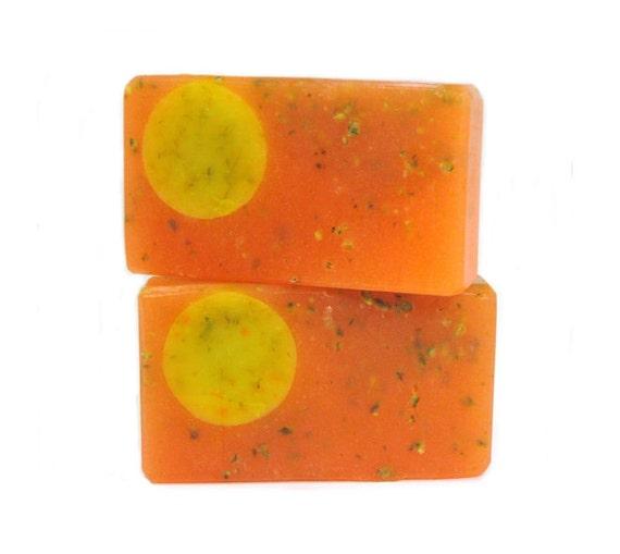 THE ENERGY BAR - Organic Citrus Peel, Citrus Juice, Calendula & Rice Bran Oil to Help Tone and Tighten / Vegan /  Dark Spots / Damaged Skin
