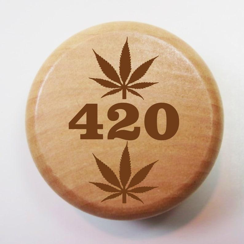 2 Inch Wood Herb Grinder 420