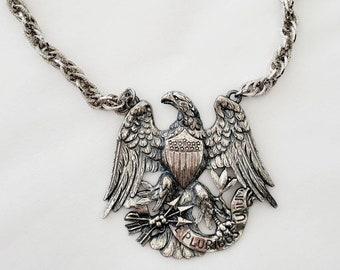 Vintage NAPIER Antique Silver Tone EAGLE Great Seal Pendant Necklace 1970's *STUNNING*