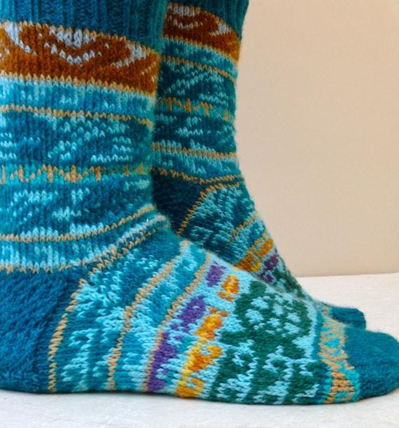 Pacific Rim Socks Digital Knitting Pattern Pdffair Isle Etsy