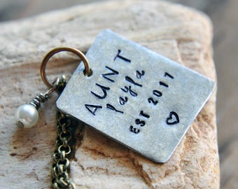 Custom Aunt Necklace - Aunt Gift - Gifts for Aunts - Aunt Jewelry - Custom Pregnancy Reveal -  Best Aunt - Auntie Gift - Gift for Her