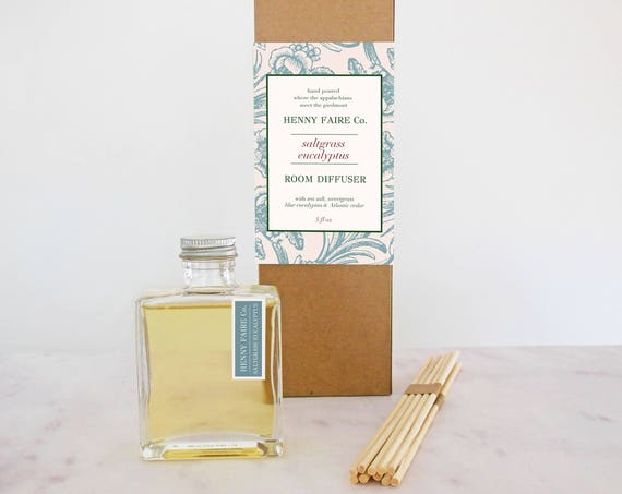 saltgrass + eucalyptus reed diffuser | 5 oz bottle + 10 extra thick reeds