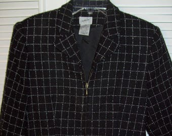Jacket 10 - 12 P, Jacket Short Casual Jacket by Jacqueline Ferrer.  Smart Vintage Checkered Find, - see details