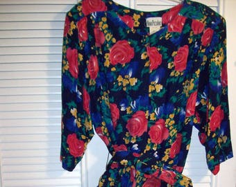Dress 18, Vintage Floral Maxi Dress by Nina Piccalino!  Size 18 - 20 see details Gorgeous !