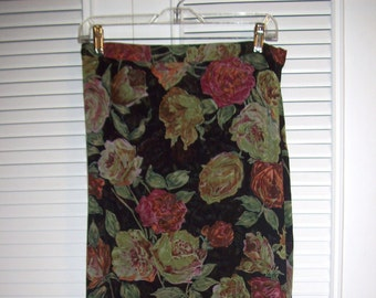Skirt 12, Vintage Maxi Muted Antiquey Flowers of Fall Followed by Ruffled Hem Skirt - Glamorous Find Size 12 - 14