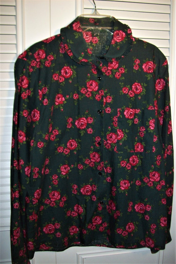 Shirt Medium, Shirt 12, English Cottage Roses on F