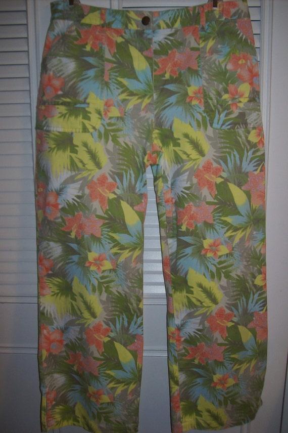 Capris ;8 - 10, Hawaiian Tropical Capris Jean Feat
