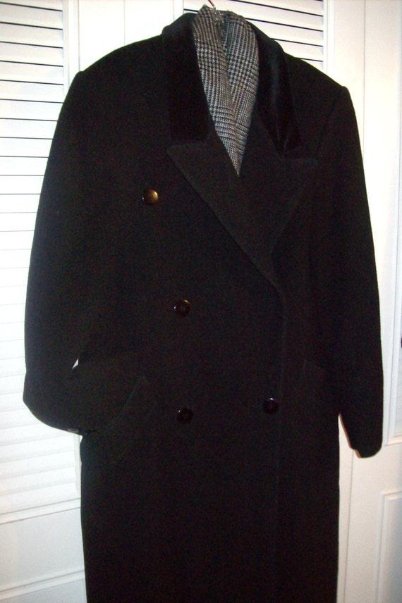 Coat 8 - 10, Vintage Black Wool Classic Preppy Ma… - image 2
