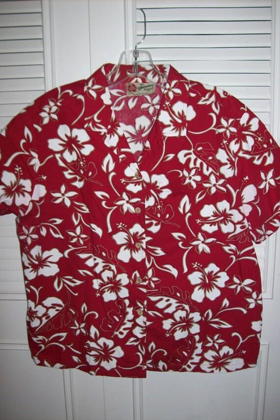 Vintage Hilo Hattie Hawaiian shirt or blouse, size