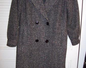 Vintage Heavy Winter Herringbone Tweed All Wool Great Britain Coat  16