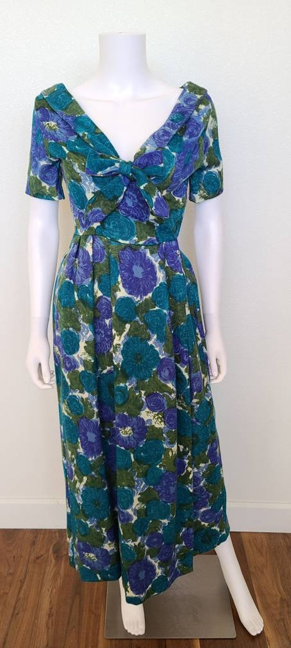 Mid Century Floral Hostess Dress | 50's | Vintage