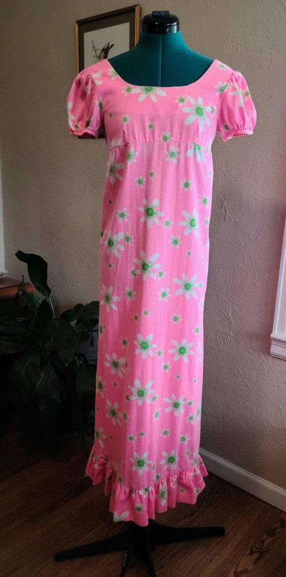 1960's Waltah Clarke's Daisy Dress