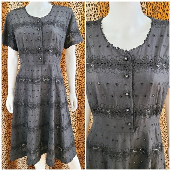 Vintage Butterfly Eyelet Dress   VOLUP   40's-50's