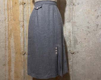 Nubby 50s Charcoal with White Fleck Wool Wiggle with Side Zipper and Front Kick Pleat Small Fleck Pattern 50s Wool Wiggle Skirt