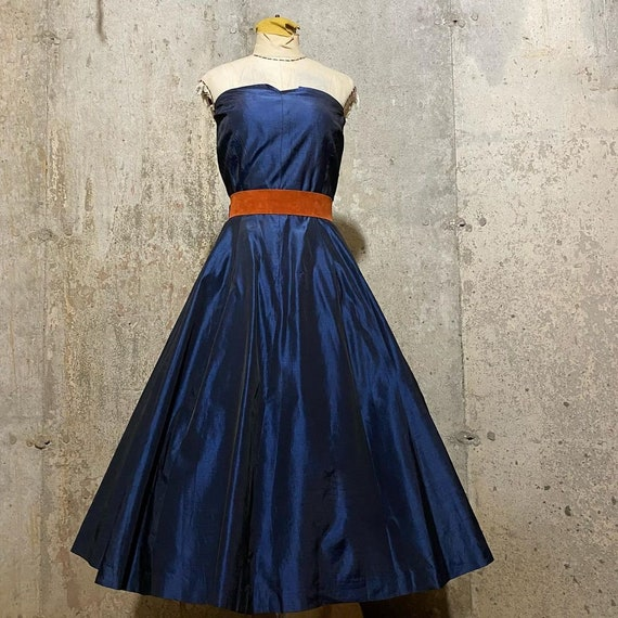 1940s 1950s Iridescent Navy Blue Fit and Flare Hal