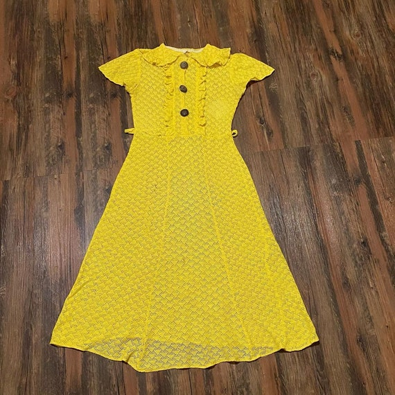 1930s bright yellow cotton knit dress with wooden… - image 2