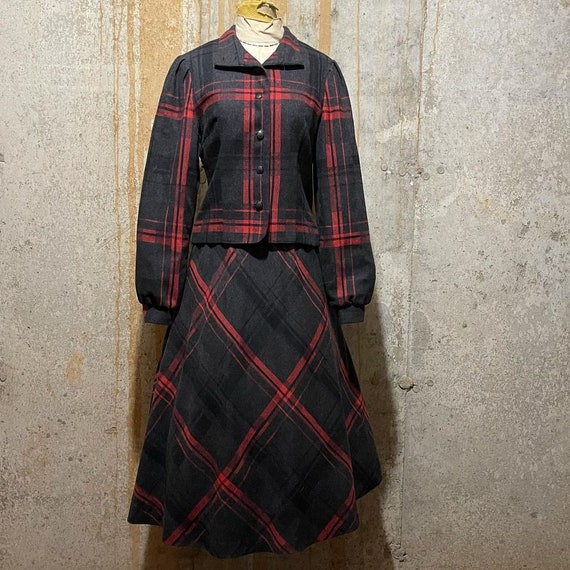 1970s dark grey and red plaid suit