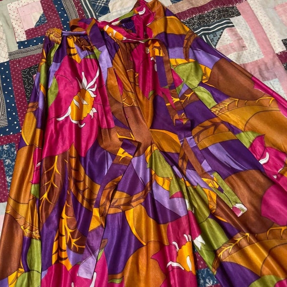1970s Bold Large Scale Floral Print Palazzo Pants - image 3