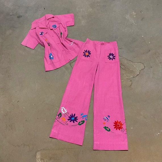 1970s Bubble Gum Pink Embroidered Flared Pant Suit