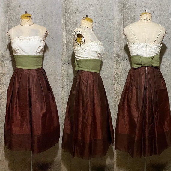 1950s White Green and Brown Color Blocked Sun Dres