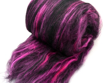 Merino wool roving handdyed in rose pink and teal green 4.3 ounces