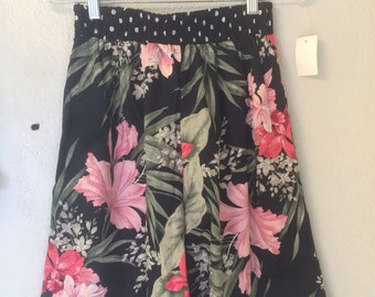 Vintage High Waisted Floral Rayon/Polyester New Old Stock Shorts