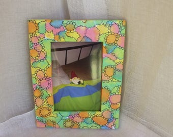 Photo Frame displays a  6'' x 4'' print, Dyed Paper Picture Frame, Housewarming, Australian Handmade, Free Postage Aust