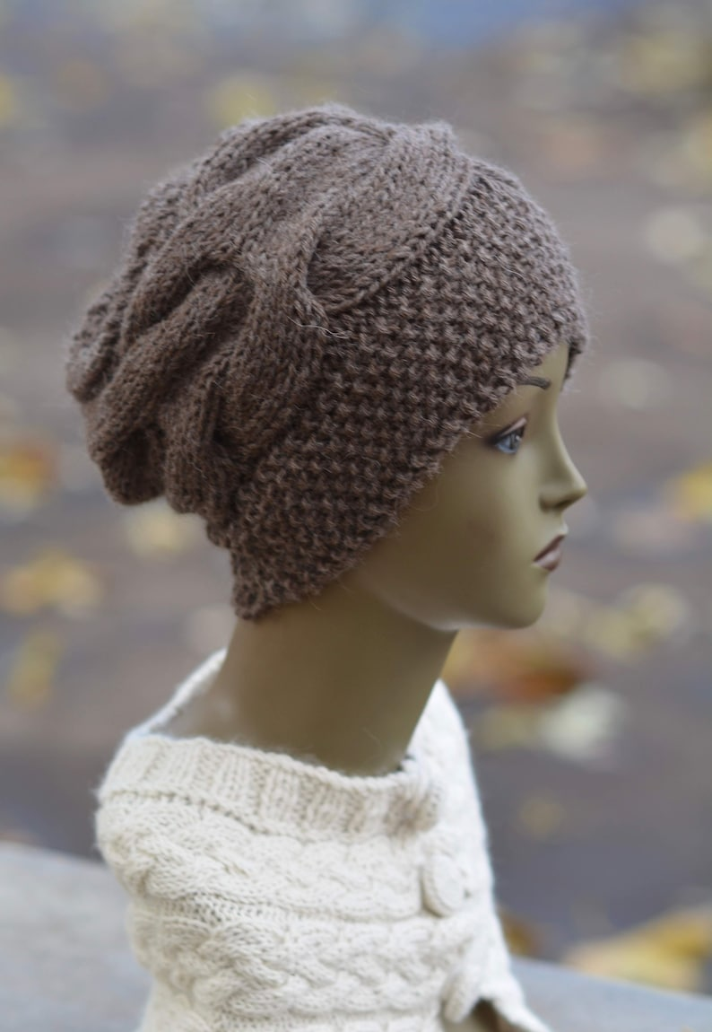 971ea2d6c1c Hat knitted in moss stitch with cable 100% Baby Alpaca