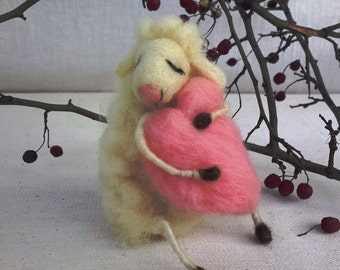 Felt sheep dreaming love Valentines day gift decoration Needle felted animal Cute lamb Sheep figure pink heart Lambs lover Waldorf figurine