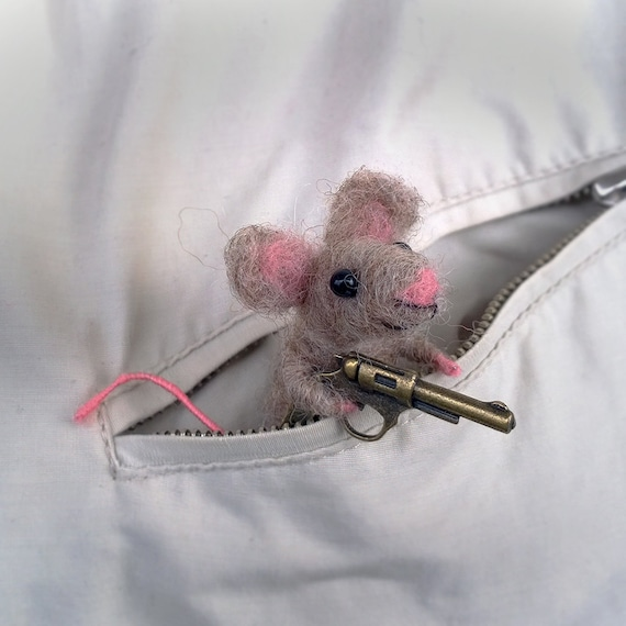 Mouse needle felt brooch