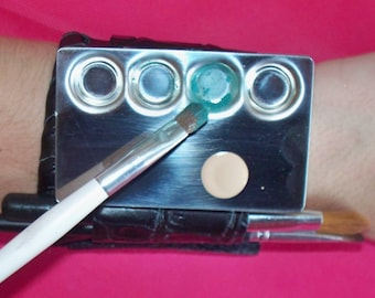 4 Well Mixing Palette for makeup, nail art, lash extensions, paint, and skin creams // artist palette // makeup palette