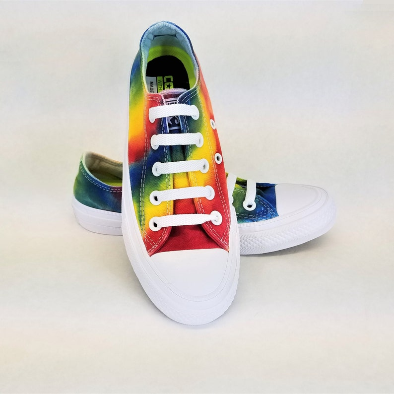 549153d4ff92fa Chuck Taylor All Stars II Converse low top shoes rainbow