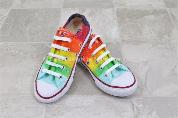 Boys or girls Converse All Stars Kids tie dye shoes Kids Converse Twist Rainbows Hand dyed kids shoes All star Chucks kids