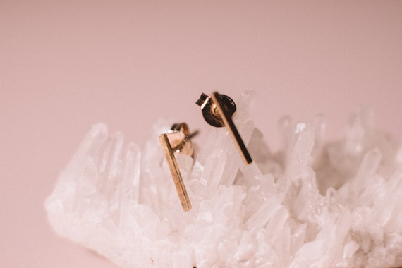 Minimalist Solid 9 Carat Gold Stud Earrings, 9 Carat Solid Gold Line Studs, Gold Bar Earrings, Gold Bar Studs, Gold Staple Earrings