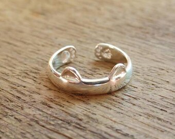 CAT RING - Sterling Silver Cat Ring // Dainty 925 Sterling Silver Ring // Cat Jewelry // Perfect Gift // Cat Lover
