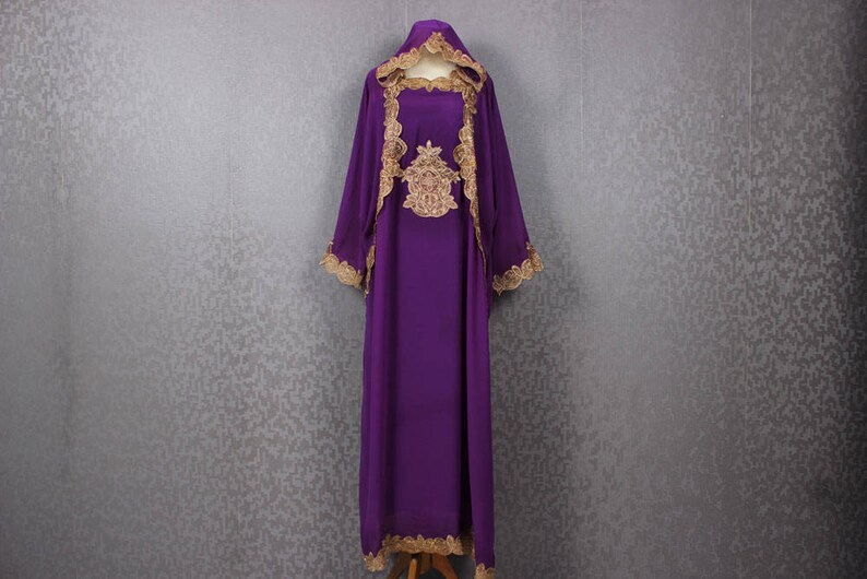 6c8fd7e2b38 Purple Caftan Dress Fancy Gold Embroidery Bridesmaid Kaftan