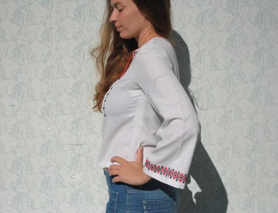 Peasant blouse, embroidered blouse, vintage folk … - image 4