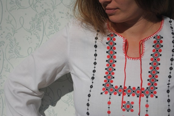 Peasant blouse, embroidered blouse, vintage folk … - image 6