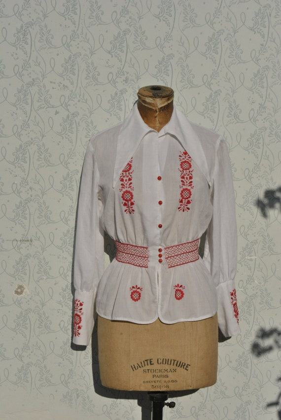 Hungarian blouse, smocked blouse, embroidered blou