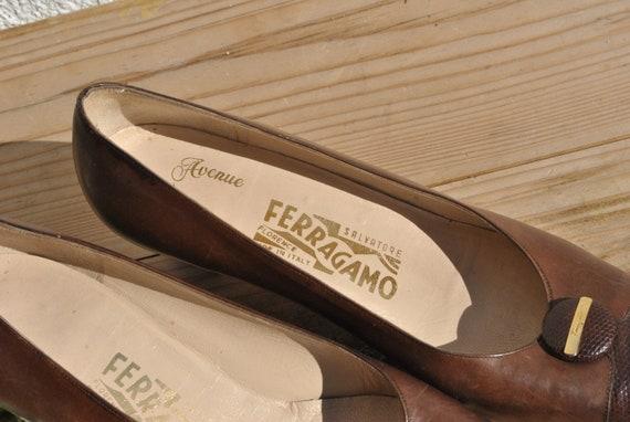 Vintage Ferragamo pumps, 80s pumps, brown leather… - image 2