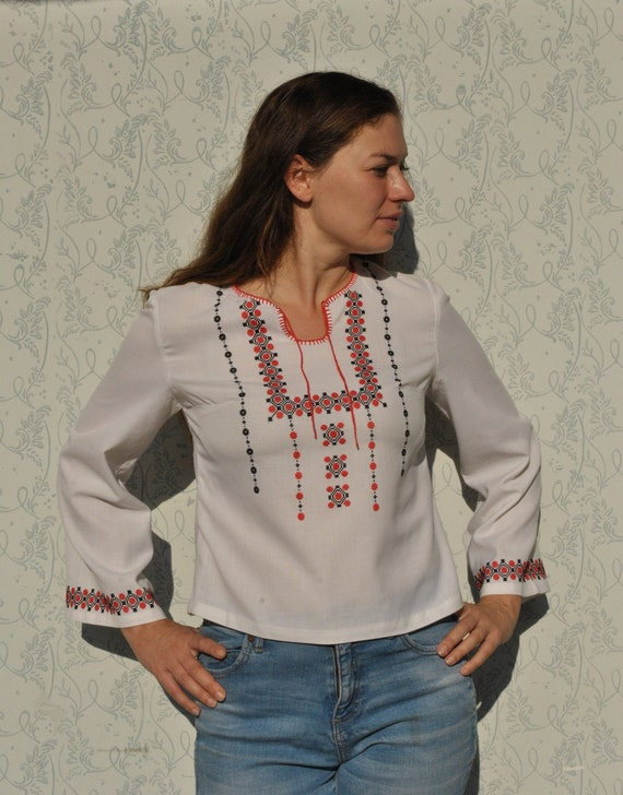 Peasant blouse, embroidered blouse, vintage folk … - image 8