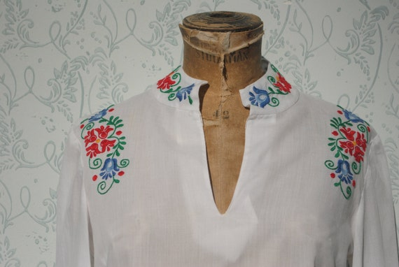 Embroideredshirt, peasant blouse, Hungarian folk e
