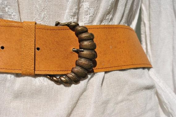 Belt, belt buckle, belts for women, brass belt buckle, belt women, waist belt, brown belt, vintage leather belt, brown leather belt