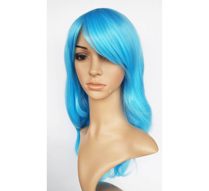 Light blue long wavy wig with white highlighted. Sky blue  abdd97c52a