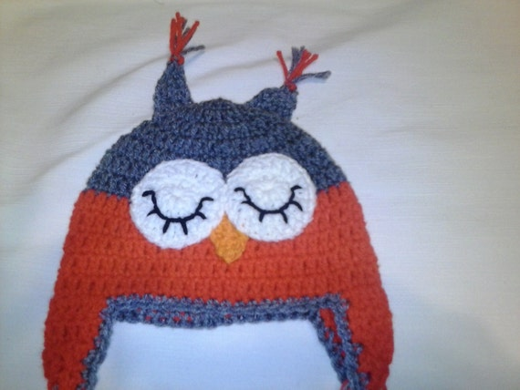 793fe0c3ad8 Crochet sleepy owl baby hat gray and red