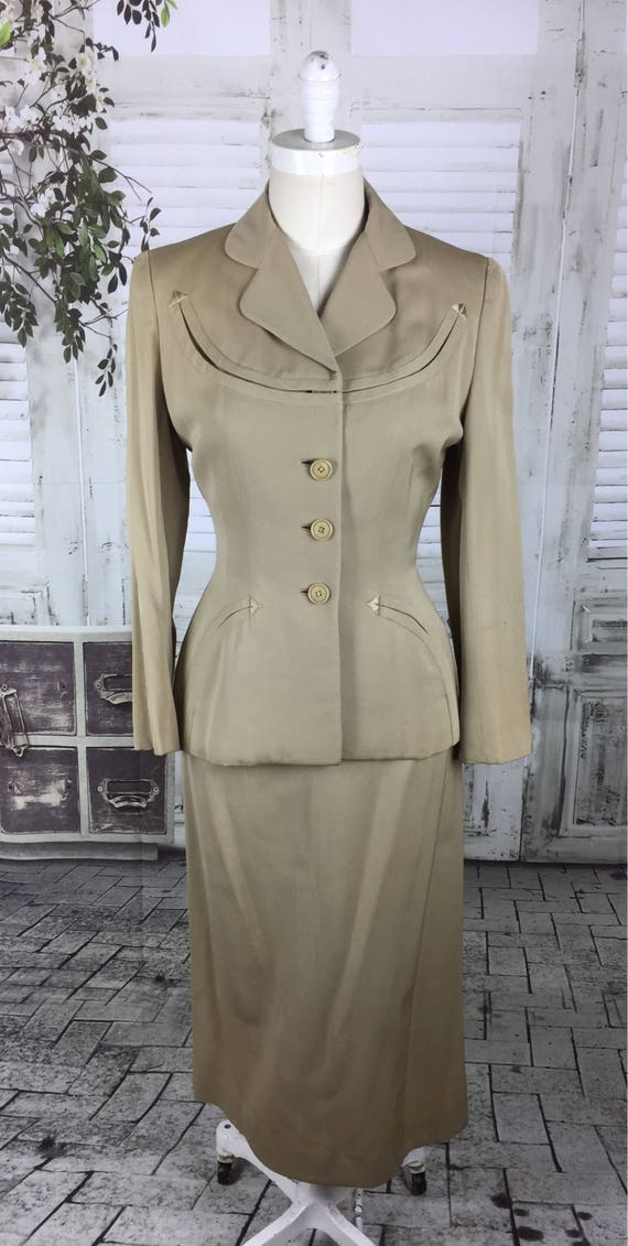 Original 1940s Beige Arrow Gabardine Skirt Suit - image 2