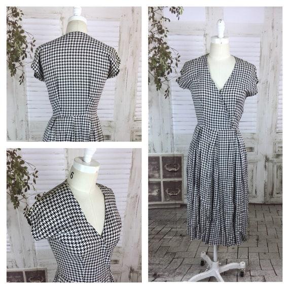 Original 1950s Vintage Black And White Houndstooth