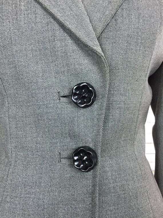 Original 1940s Grey Wool Vintage Skirt Suit Black… - image 6