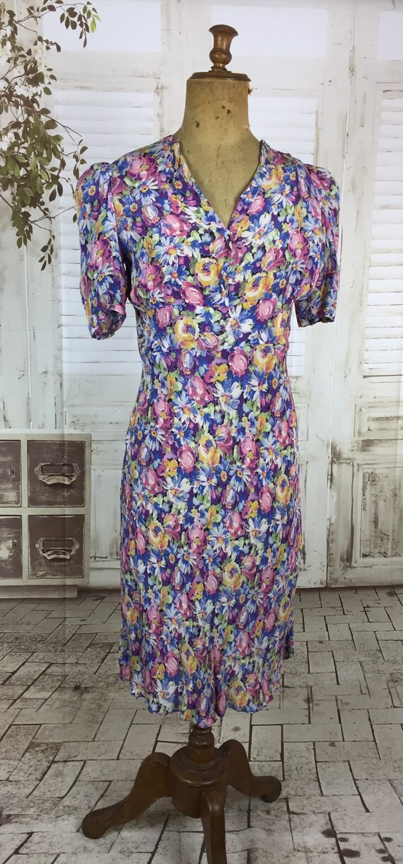 Original 1930s Vintage Floral Rayon Dress Puff Sh… - image 2